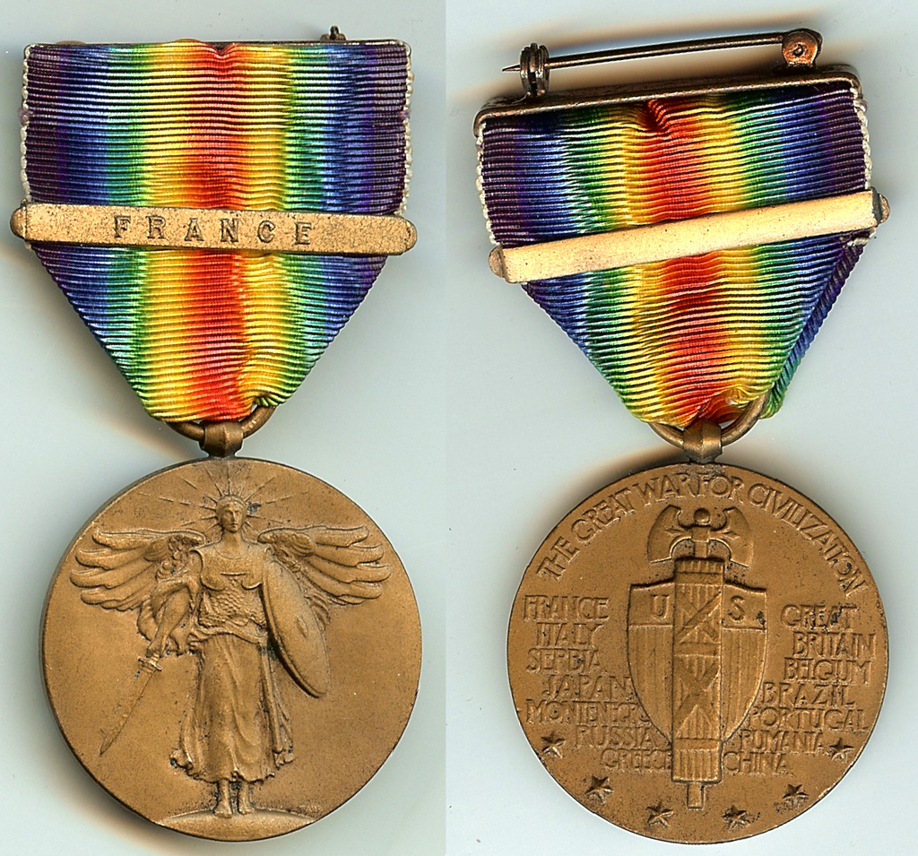 Victory France clasp